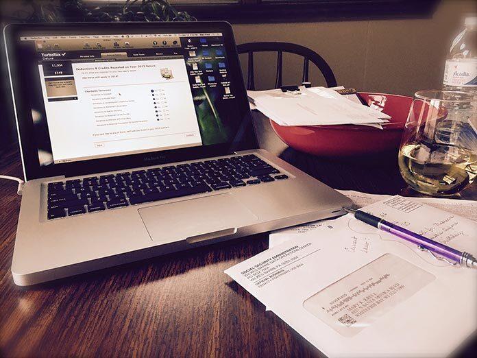 Czy warto sprawdzić konta w białej liście podatników VAT